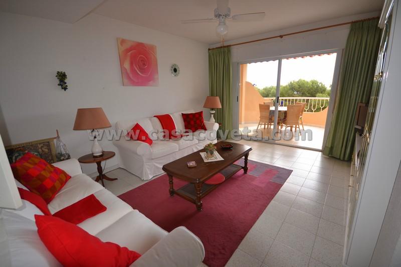 Fantastische 2 slaapkamer  appartement Geweldige locatie nabij El Campello Alicante Ref: 404